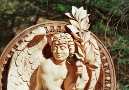 Anděl sšalmají :: rezbarstvi-andel-s-salmaji